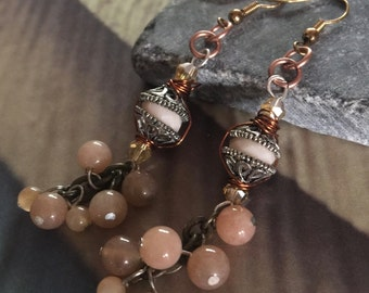 Drop/Dangle earring with shades of taupe agates