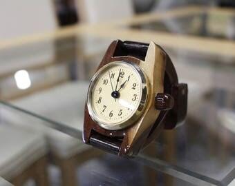Handmade Walnut Desk Clock