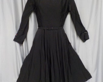 Vintage Early 60s Little Black Dress