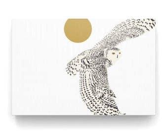 Digital art print of a snow owl on canvas, impression art of snowy owl, white background, white on white, white owl, snowy owl