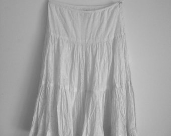 Ralph Lauren Women's White Skirt Size 8 with Lace Tiers & Full Slip