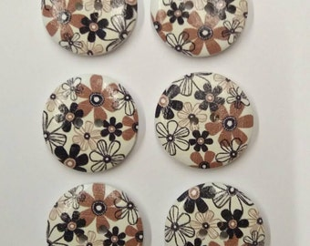 "Set of 6 Wooden Buttons ""Flowers"" 23mm - set di 6 bottoni di legno ""Flowers"" 23mm"