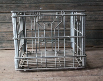 Hawthorn Mellody milk crate