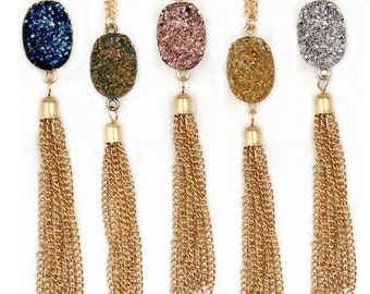 Oval Tassel Pendent Necklace