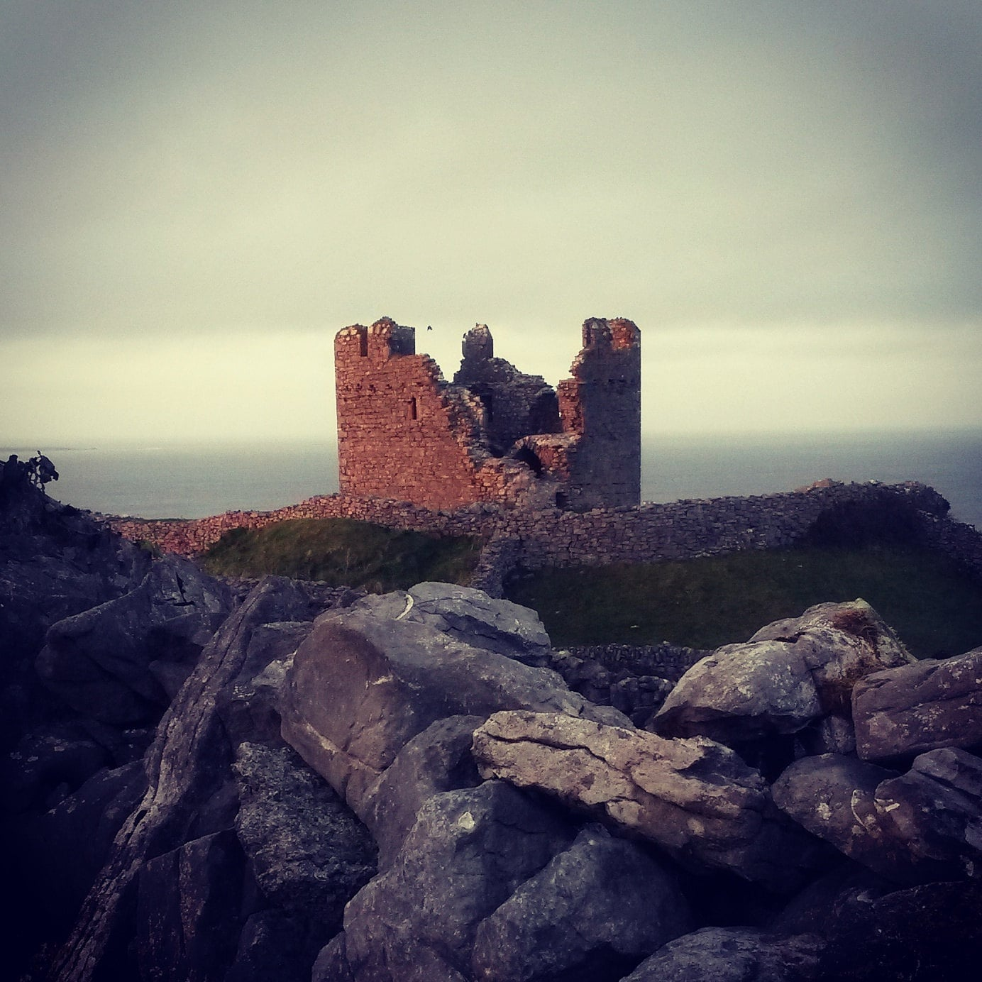 Sunset on OBriens Castle on Inis Oirr.