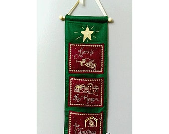 Vintage Christmas Small Tapestry 90's Christmas