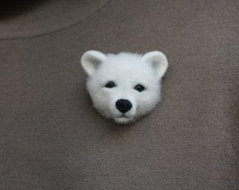 Needle felted brooch polar bear Animal brooch Felt Brooch Original gift for woman Gift for Christmas