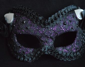 Queen of Spades Mask