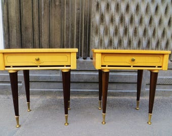 Pair of mid-century nightstands