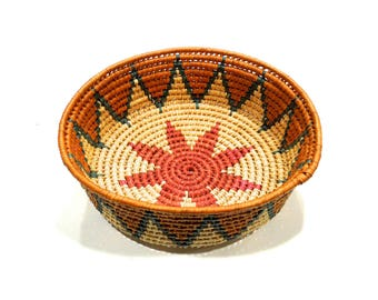 VINTAGE: Native American Hand Coiled Woven Basket Tray - (14-OS-0000739)