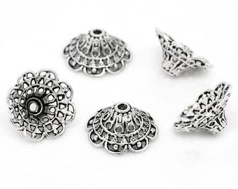 25 Antique Silver Flower Bead Caps 18mm (B171e)