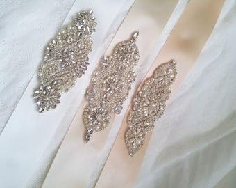 White bridal sash, cream bridal belt, nude crystal bridal sash,  cream sash belt, nude crystal sash, nude wedding dress belt bridesmaid sash