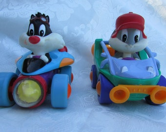 Vintage Warner Brothers Baby Looney Tunes Bugs Bunny and Sylvester Pull Back Car Toys