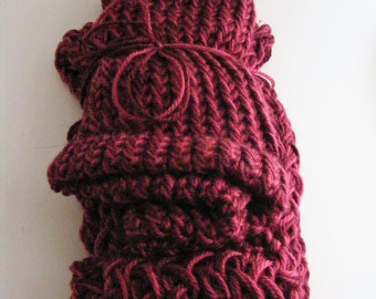 Bergundy Hat and Scarf Set - Hand Knitted