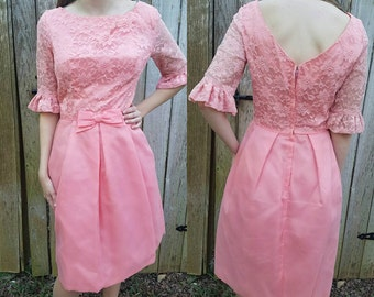 Vintage dress medium 1960s mod Mad Men pink lace women's clothing spring dresses party dresses