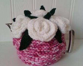 white roses tea cosy