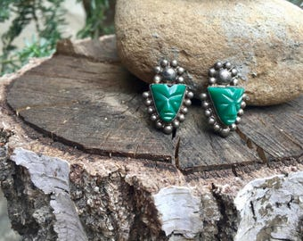 Vintage Mexican Sterling Silver and Green Onyx Carved Face Mask Screw Back Earrings