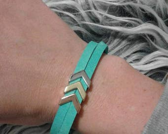 Leather bracelet with metal Arrows(Color Options)