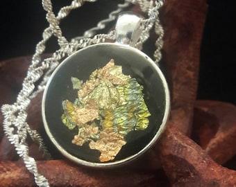 Midnight Shimmer: Round Pendant w/ bronze & gold inlay.
