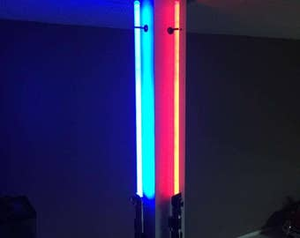 "Lightsaber Vertical Wall Mounts (Fits 1"" Blade: Ulimate FX, Force FX, Master Replicas, UltraSabers, Saberforge, Kyberlight)"
