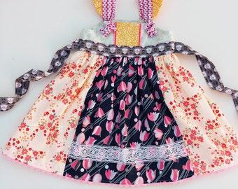 Knot dress, floral dress, lace dress, Matilda Jane dress, knot top, Easter dress, spring dress, lace dress, vintage dress, flutter sleeves