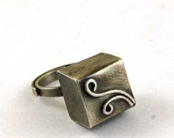 SALE 15% off !! - use the coupon code: SALE15 silver cube ring, oxidized silver ring