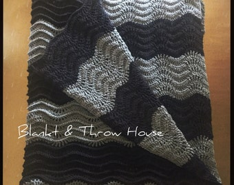 Black and Gray Lacey Ripple Afghan