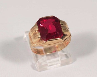 10K Yellow Gold Mens 1950s Synthetic Ruby Ring, Size 5.25