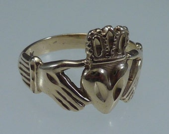 14K Yellow Gold Irish Claddagh Ring, size 8.75