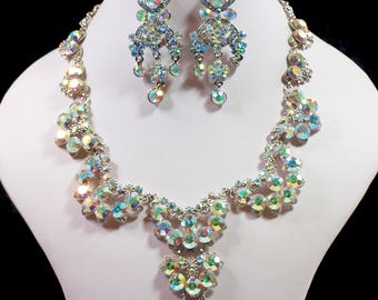 Stunning, Silver Tone Aurora Borealis Necklace and Earrings (2255)