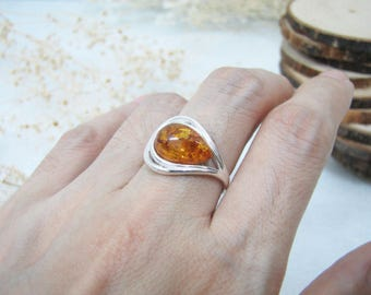 Honey Baltic Amber Ring, Amber Ring, Natural Amber Ring, Ring, Fine Crafted Ring Arm, Honey Amber Ring, Sterling Silver Ring