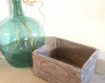 Wooden wine boxes, patina and white ceruse, French box