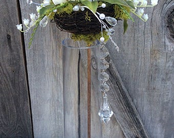 White Floral Bird's Nest Wand
