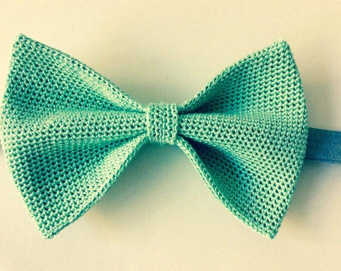 crochet fly/knitting fly, mint, pastel
