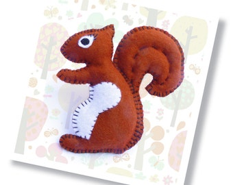 Nutmeg the Squirrel Sewing Kit