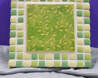 Mosaic Vine Trivet