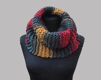 Knit circle scarf / Women cororful scarf / Knit cowl / gift for her / Neckwarmer / Winter accessories / Pepperknit