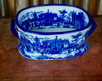 Large Victorian style Stoneware Blue and White Planter/ Foot bath