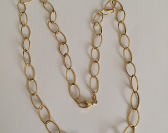 Gold 18k oval link necklace, hollow chain.
