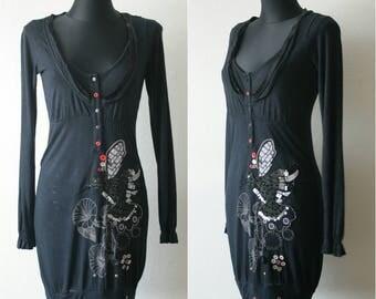 DESIGUAL tunic dress Black dress Embroidery bird Long frilled sleeves Decorative buttons Artsy top Big round neck Black mini dress