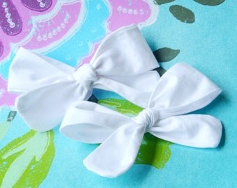 Katie - Hand Tied Knotted Bow