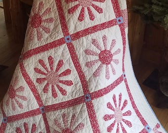 Red and White Dresden Flower Lap Quilt