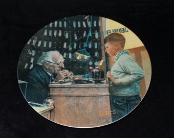 """1993 Knowles Rockwell Heritage """"The Jeweler"""" Collector Plate by Norman Rockwell"""