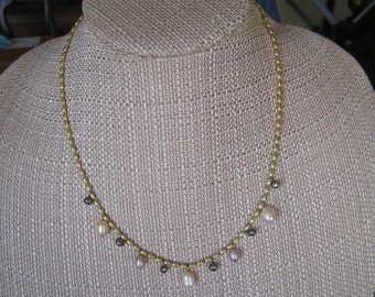 Vintage Avon Gold Tone Freshwater Pearl Necklace