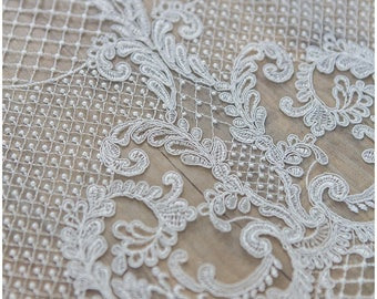 Ornament Net Lace Fabric for Bridal dresses, Wedding dress Lace, High Quality Lace Fabric, Net Embroidery Lace, Alencon Lace (CLF599221)