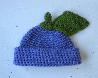 Crochet beanie in purple with leaf detail. Newborn