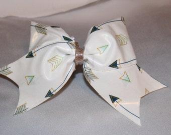 Arrow cheer bow ( patent pending )