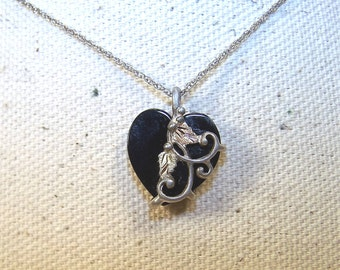 "Onyx Heart Raised Sterling & 12K Leaves Tendrils 18"" Chain Mother, Sister, Wife Gift"