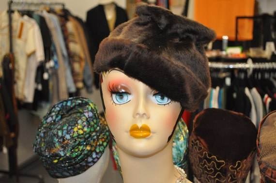 Vintage 1960s Brown Faux Fur Cone-Shaped Hat
