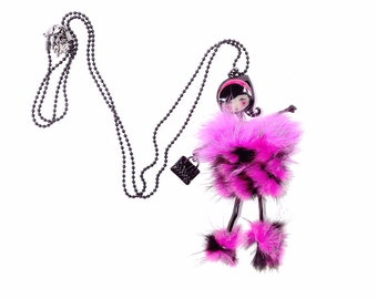 Doll articulated  necklace black ball   11cm metal